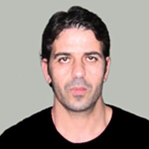عمر عياد